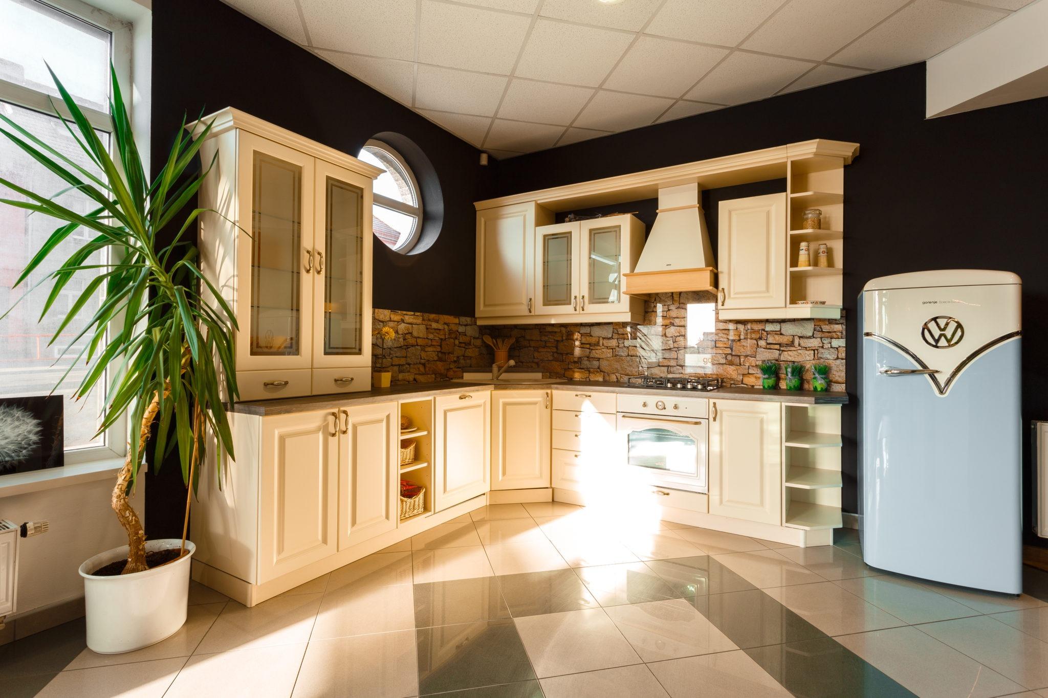 Kuchyňské studio Carmine - Smluvní partner Gorenje, Praha 8 Kobylisy